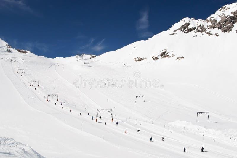 Sciando Nelle Alpi Immagini Stock Libere da Diritti