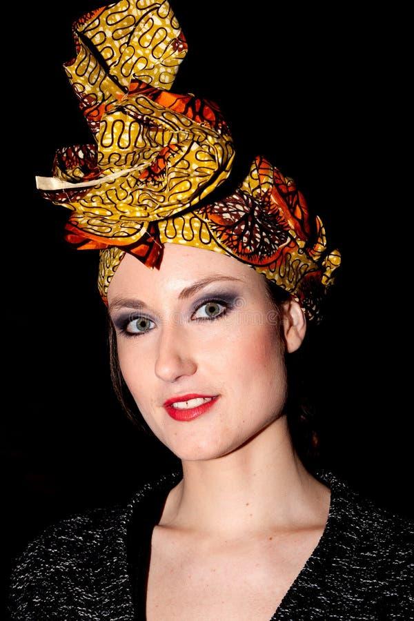 Sciarpa capa della donna fotografie stock libere da diritti