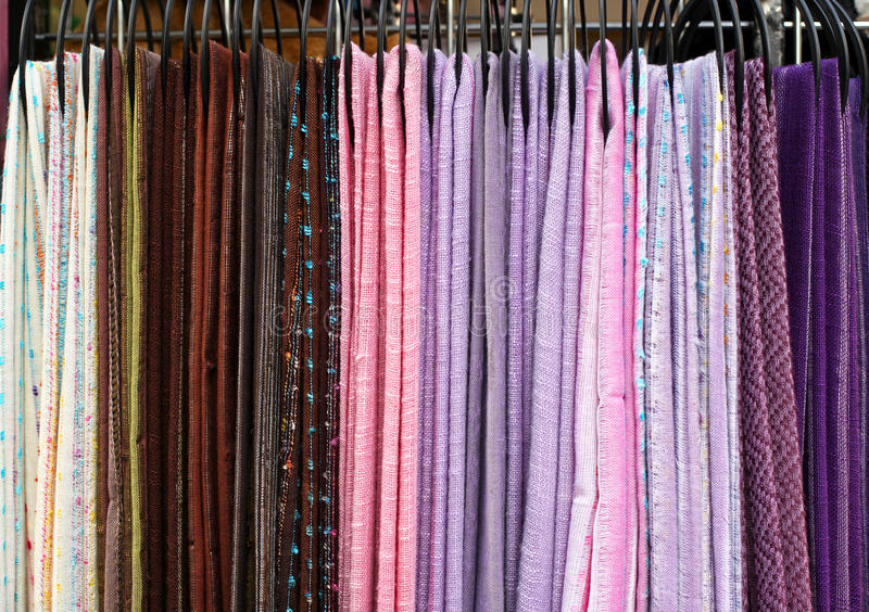 Download Sciarpe del tessuto immagine stock. Immagine di tessile - 30826689