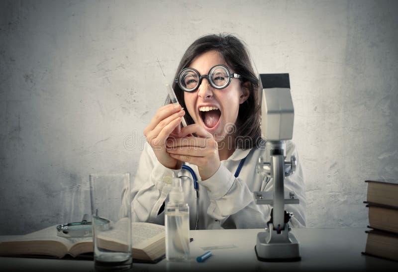 Scienziato pazzesco immagini stock