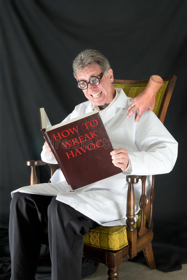 Scienziato pazzo, medico diabolico immagine stock libera da diritti