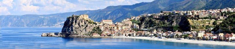 Scilla, vila velha do pescador em Calabria imagens de stock
