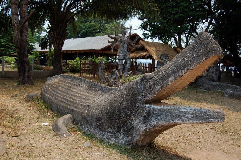 Scilpture крокодила стоковые изображения rf