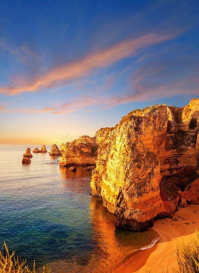 Scogliere nel Portogallo immagine stock