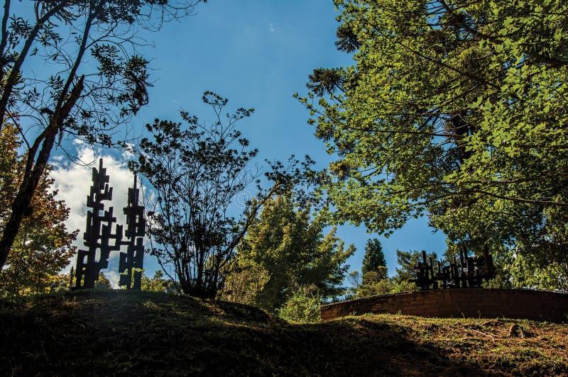 Scolpisca all'aperto il museo Felicia Leirner, vicino a Campos fanno Jordao fotografia stock libera da diritti