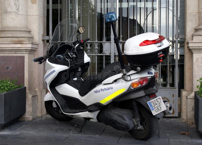 Scooter de police de Barcelone images libres de droits