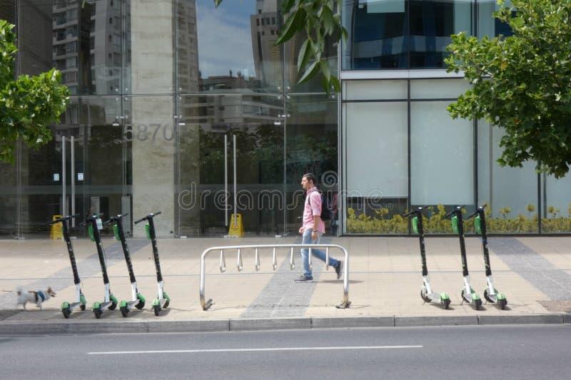 Scooters partagés image libre de droits