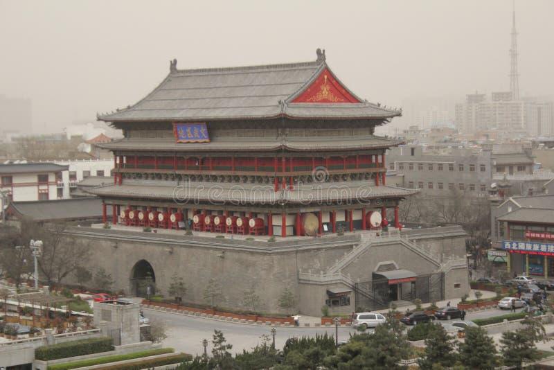 Scoperta della Cina: Torre del tamburo di Xian fotografie stock