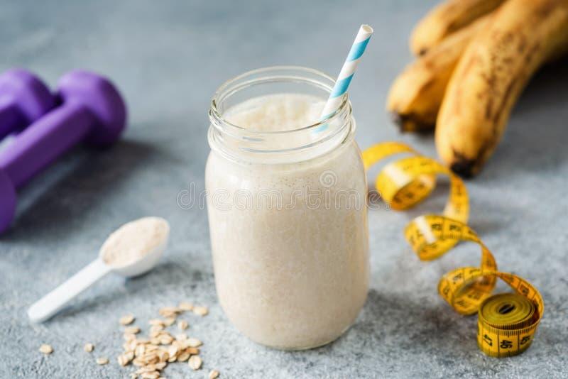 Scossa della proteina della banana immagine stock