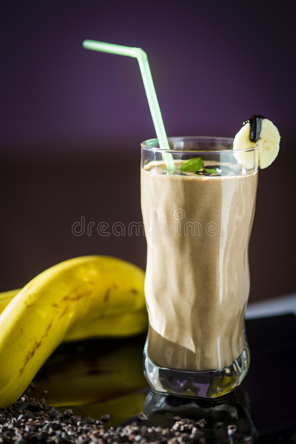 Scossa di cioccolato della banana fotografia stock