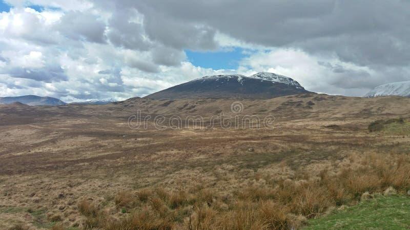 Scotland& x27 ; montagnes de s photographie stock