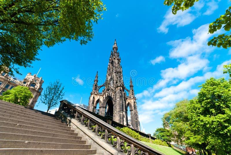 Scott Monument em Edimburgo imagens de stock