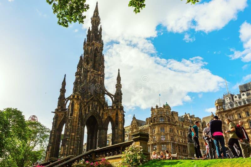 Scott Monument i Edinburg, UK arkivfoto