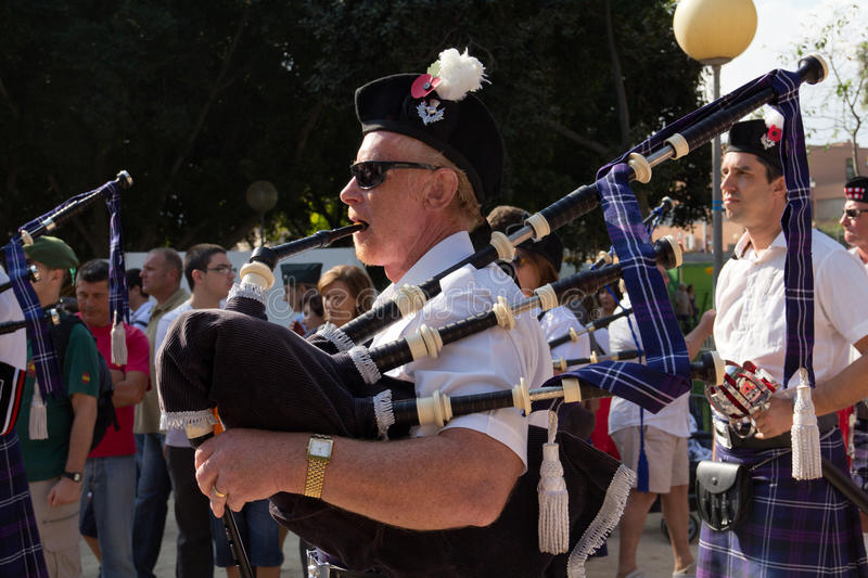 Download Scottish Piper editorial image. Image of people, arts - 22611545
