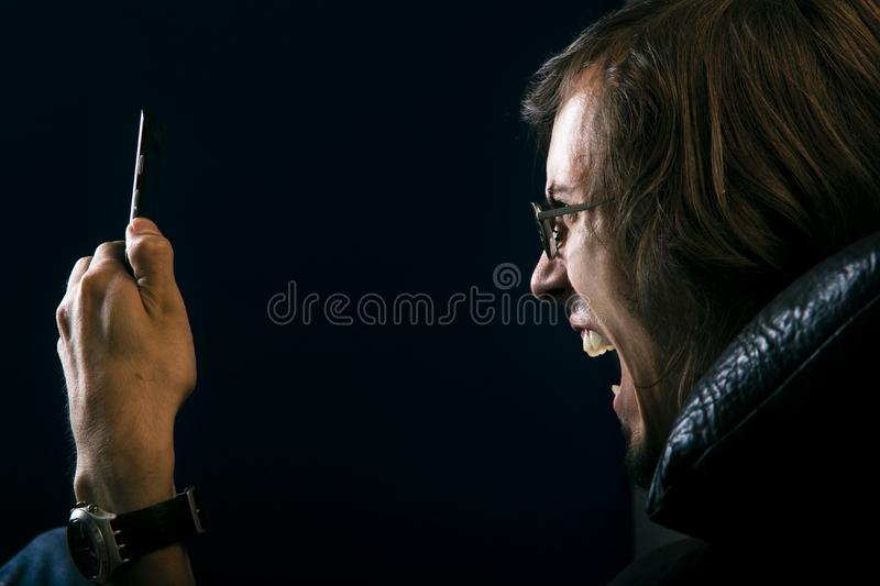 Download Scream stock image. Image of caucasian, stress, cell, pressure - 4571335