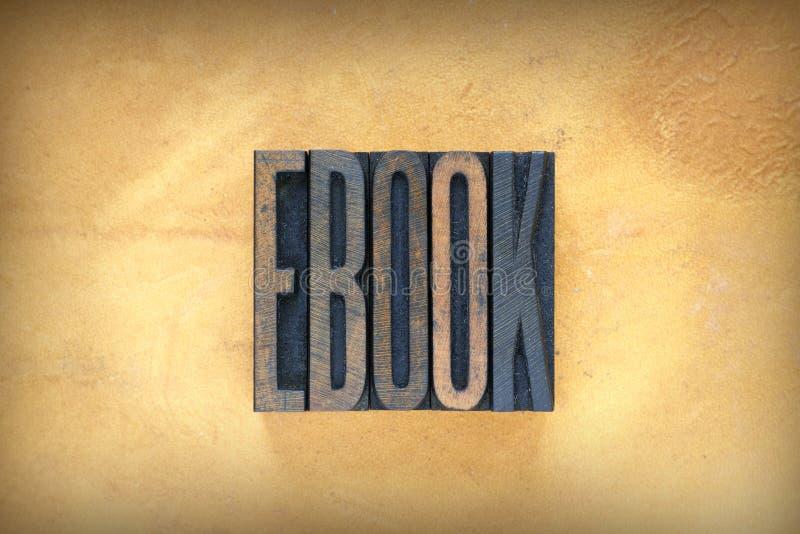 Scritto tipografico del libro elettronico fotografie stock
