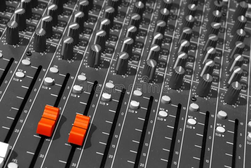 Scrittorio mescolantesi del DJ immagini stock libere da diritti