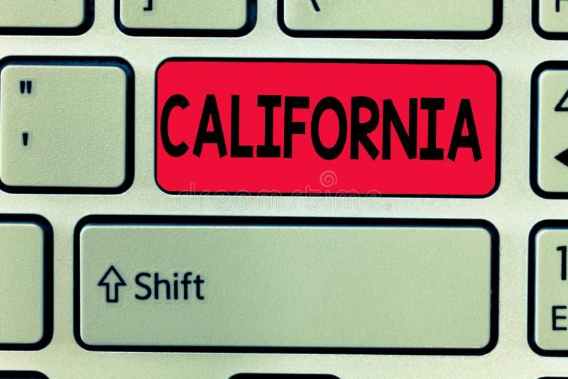 Scrittura concettuale della mano che mostra California Stato del testo della foto di affari sulle spiagge degli Stati Uniti d'Ame fotografie stock libere da diritti