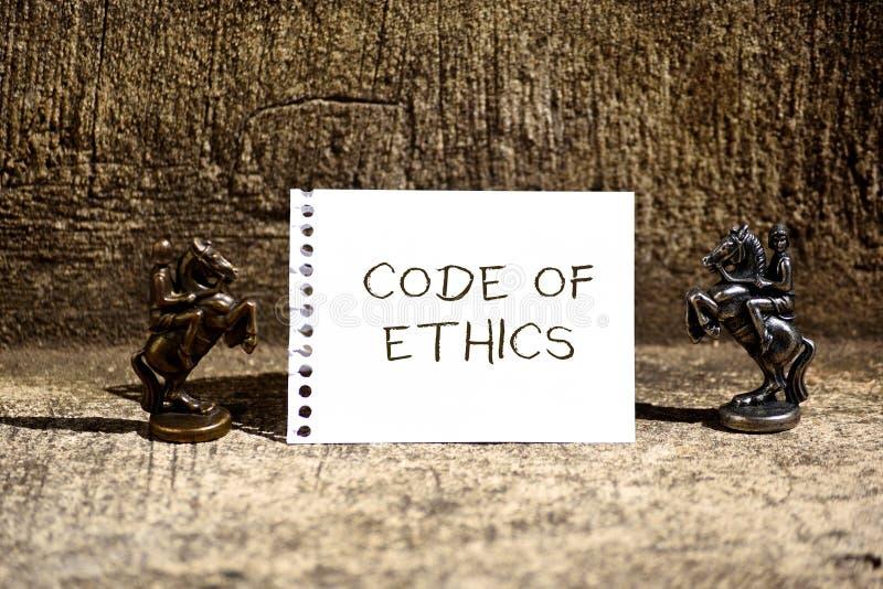 Scrittura concettuale della mano che mostra codice etico Foto di affari che montra guida di base per comportamento professionale  immagine stock