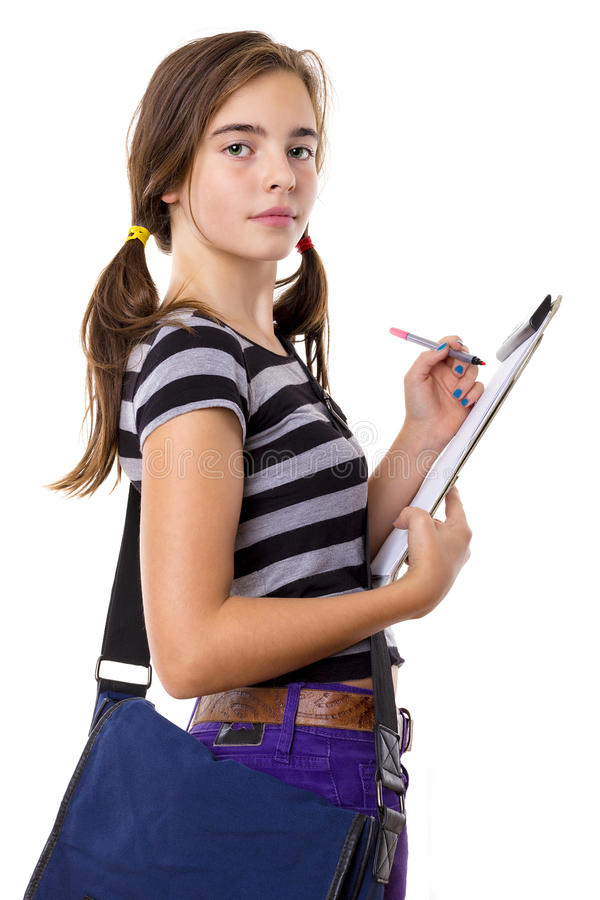 Scrittura dell'adolescente su una lavagna per appunti, isolata su bianco fotografia stock libera da diritti