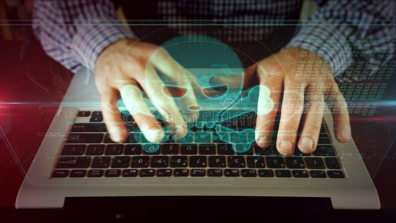 Scrittura dell'uomo sulla tastiera del computer portatile con il cranio fotografia stock