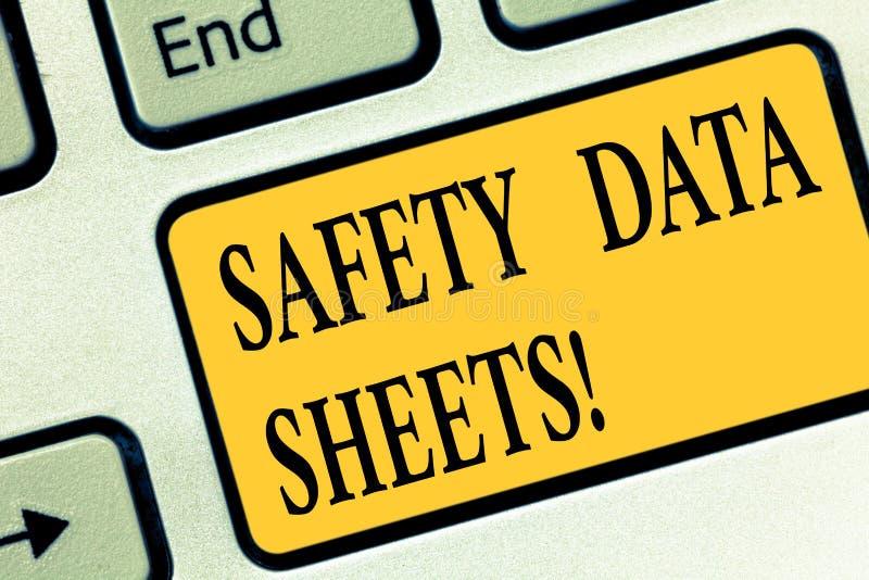 Scrittura della nota che mostra le schede di dati di sicurezza Foto di affari che montra riferimento di informazioni delle liste  illustrazione di stock