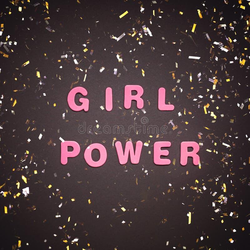 Scrittura di GIRL POWER su fondo nero immagine stock libera da diritti