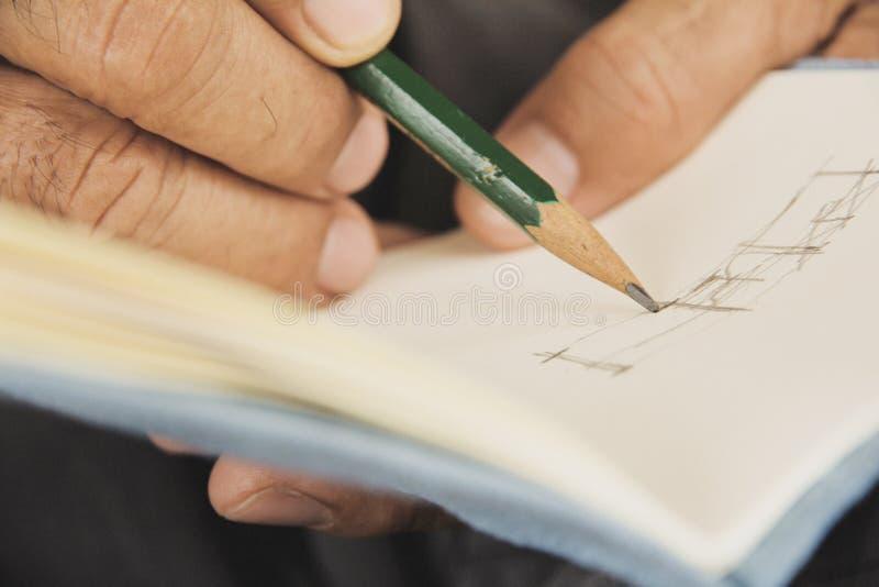 Scrivendo sullo sketchbook