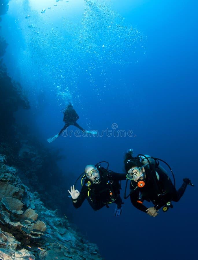 Scuba-duikers royalty-vrije stock foto