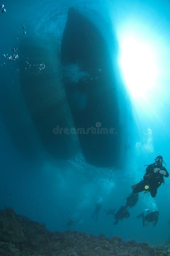 Scuba-duikers stock foto