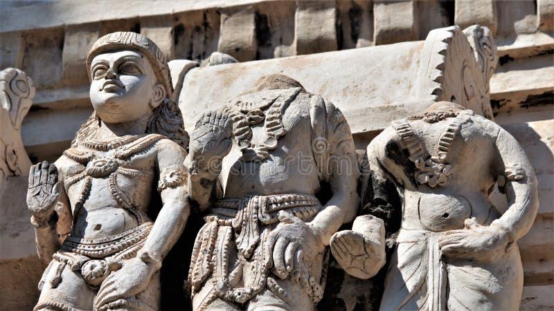 Sculplures de pedra no templo de Veerabhadra, Lepakshi fotos de stock