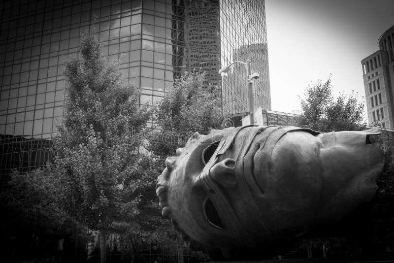 Sculptue a St. Louis, Missouri, parco del giardino della città di U.S.A. fotografie stock