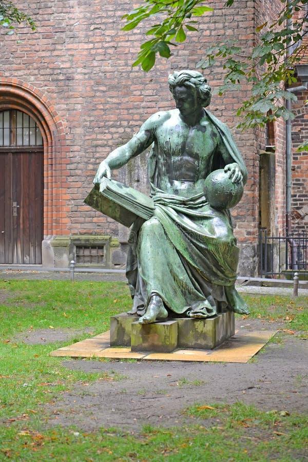 """Sculpture """"allégorie de la Science """" Berlin, Allemagne photo libre de droits"""