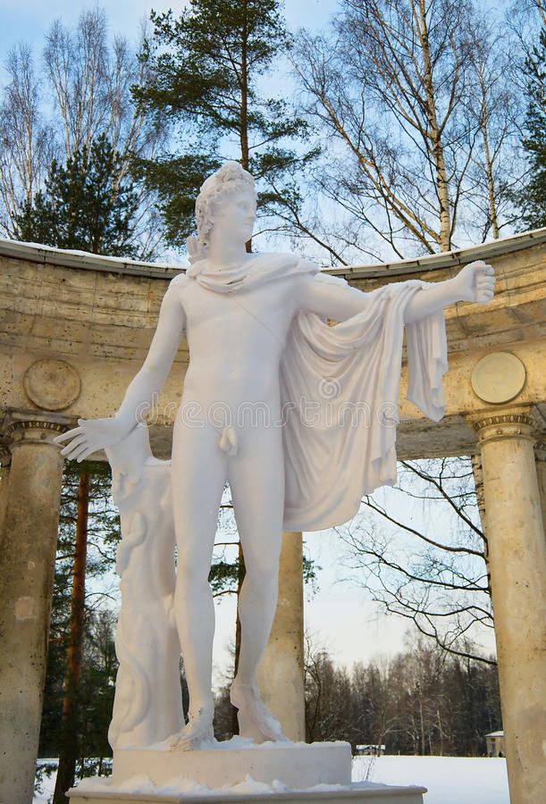 Sculpture of Apollo of Belvedere in Pavlovsk stock photography