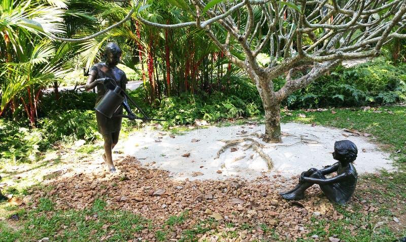 Sculpture aux jardins botaniques de Singapour photographie stock libre de droits