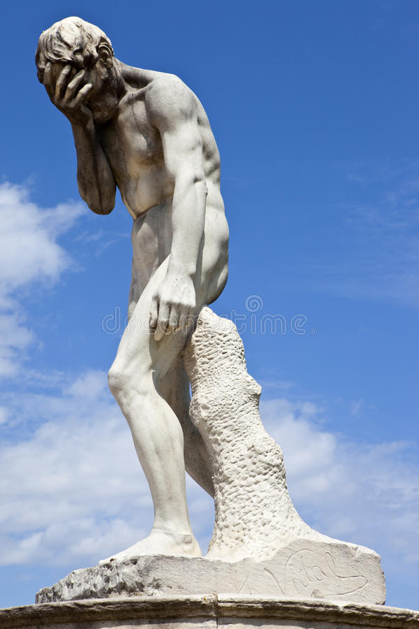 Sculpture dans DES Tuileries de Jardin photographie stock libre de droits