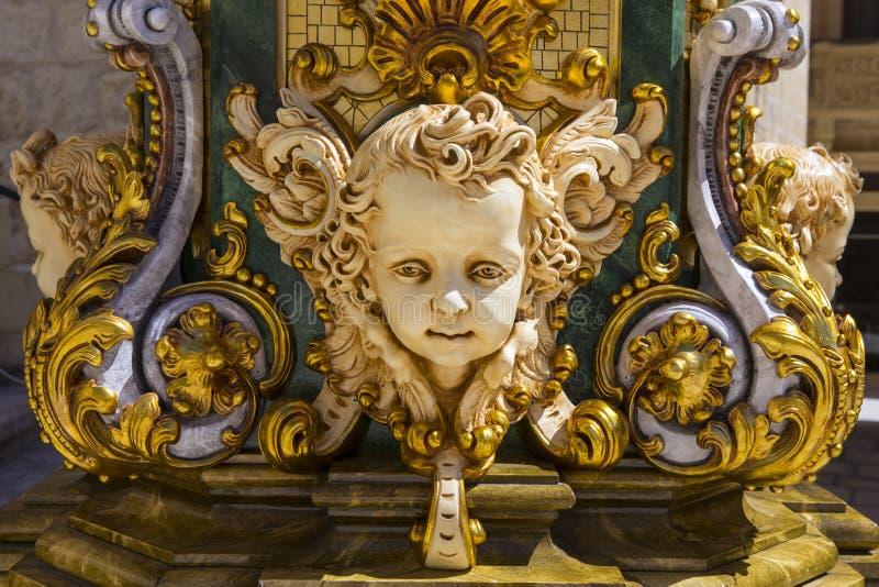 Sculpture dans la citadelle de Gozo photographie stock libre de droits
