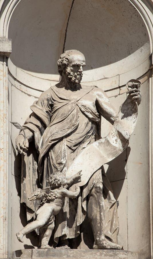 Sculpture dans le palais à Dresde, Est de l'Allemagne, construit dans le RO photos libres de droits