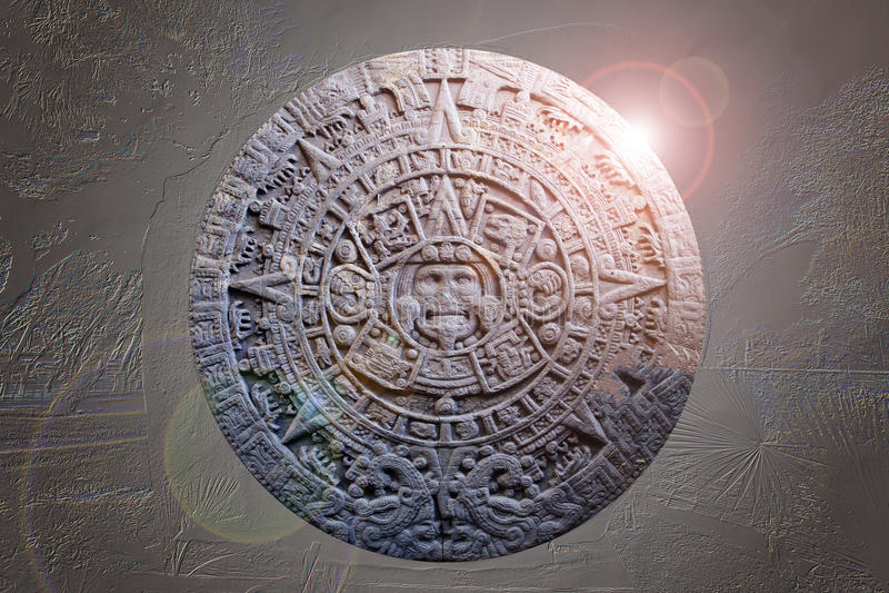 Sculpture de calendrier maya antique photographie stock libre de droits