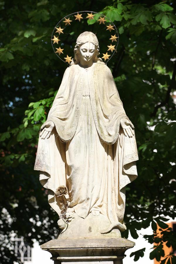 Sculpture de St Mary dans Zwierzyniec, Pologne photos libres de droits