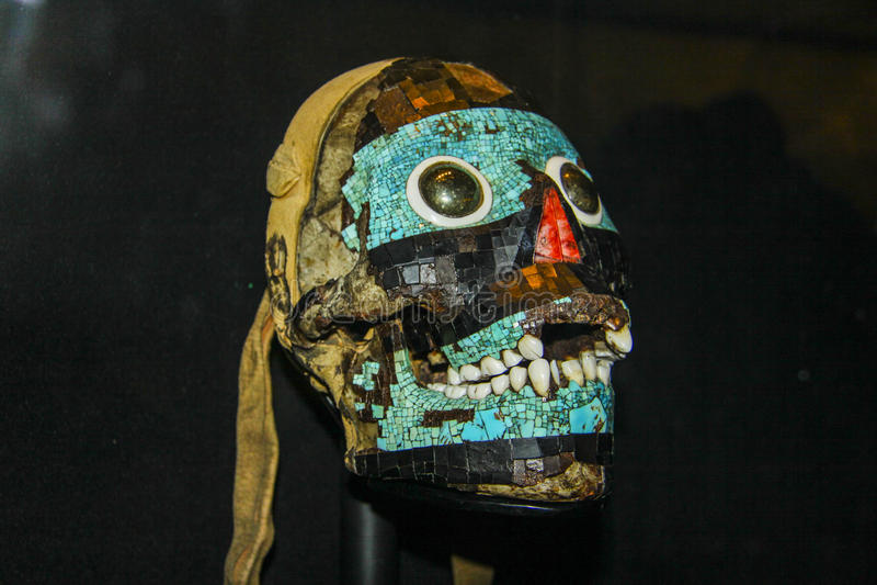 Sculpture en art de Maya de tête humaine photos stock