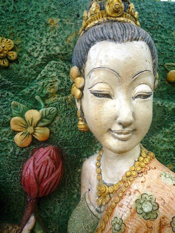 Sculpture en bois en femme - Thaïlande photographie stock libre de droits