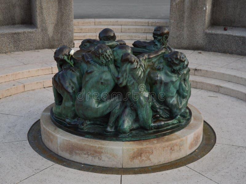 Sculpture en bronze à Zagreb image stock