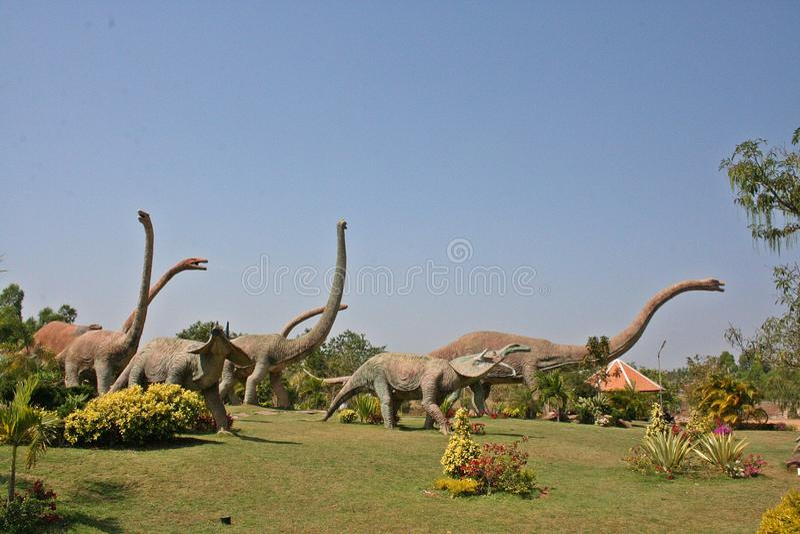 Sculpture en dinosaure photo libre de droits