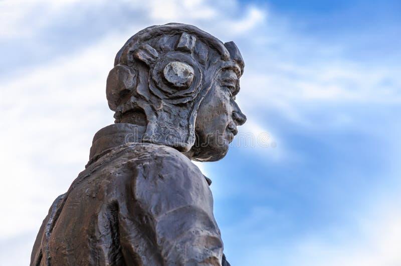 Sculpture en fragment du soldat de l'arm?e rouge photo stock