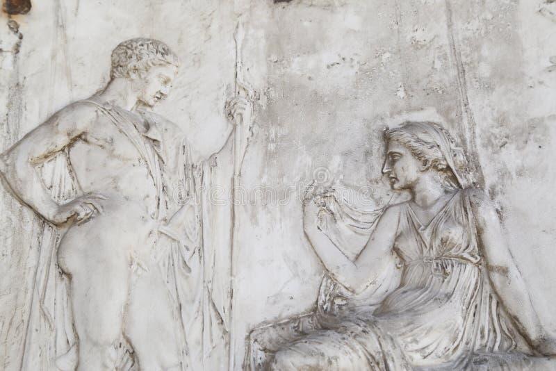 Sculpture en homme et en femmes à Herculanum photos stock