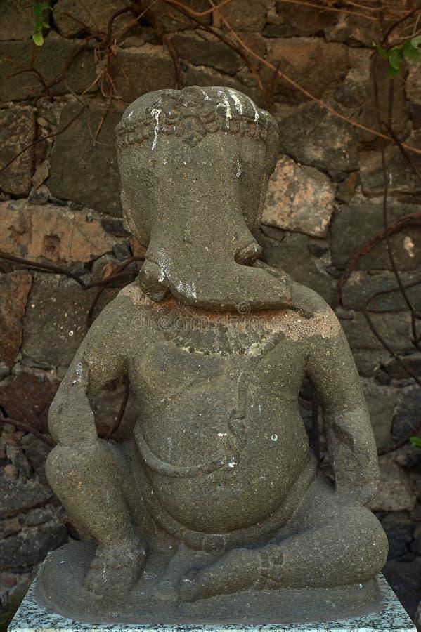 Sculpture en pierre debout en dehors de fort de Daulatabad de musée, Aurangabad, maharashtra, Inde images stock