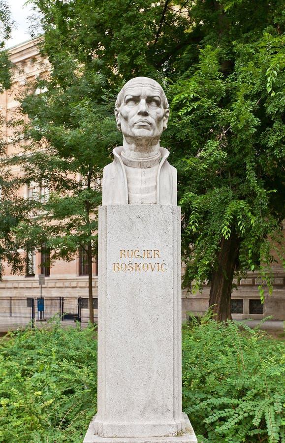 Sculpture en Roger Joseph Boscovich (1911) à Zagreb, Croatie image libre de droits