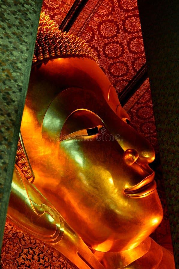 Sculpture menteuse en Bouddha photo libre de droits