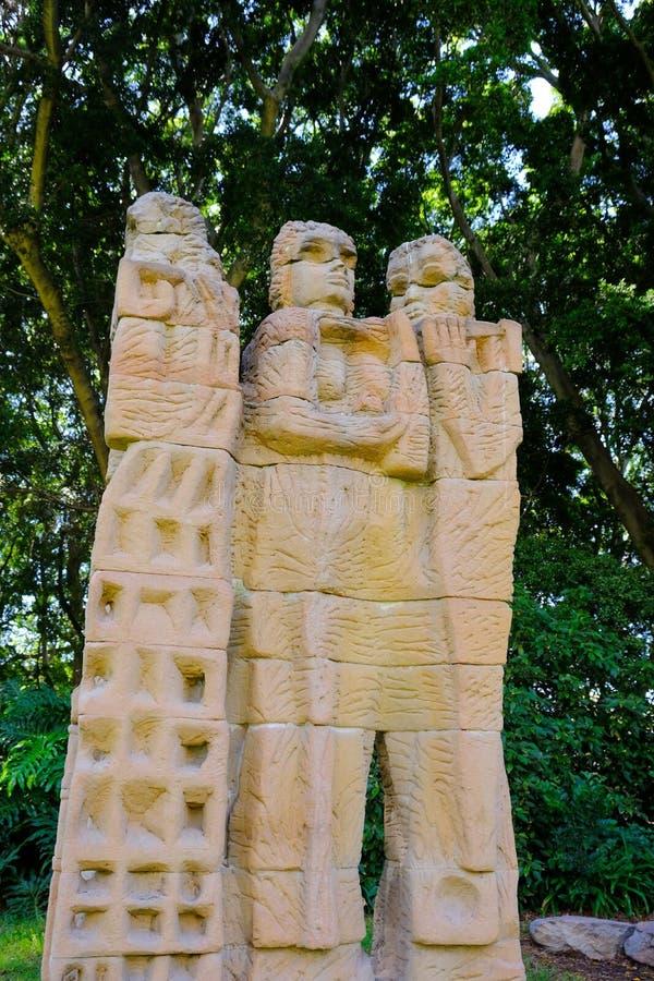 Sculpture moderne en grès, Hyde Park, Sydney, Australie images libres de droits